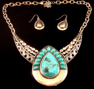 (CS1300-BN7179SBTQ) Western Turquoise Teardrop Shaped Necklace with Matching Earrings