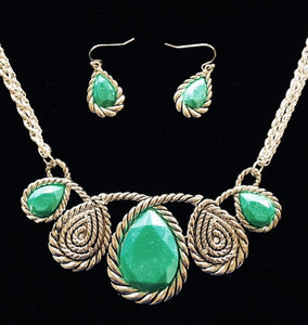 (CSN1050TQSLV) Western Silver & Turquoise Necklace with Matching Earrings