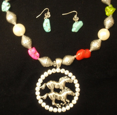 "(CSN1200-DBLEHSE) ""Double Horse"" Western Necklace with Matching Earrings"