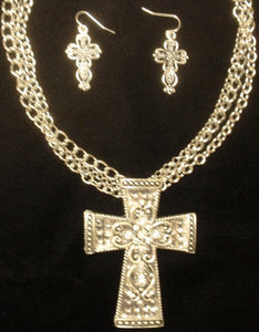 (CSNS1150-CSSLV) WesternSilver Cross Necklace & Matching Earrings