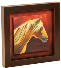 "(DM-B5210017) ""Horse"" Shadow Box Art"