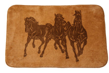 "Load image into Gallery viewer, (HXBW3003) ""3 Horses"" Western Bath/Kitchen Rug"