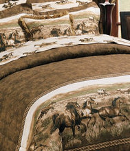 "Load image into Gallery viewer, ""Wild Horses"" Western Comforter Set Full"