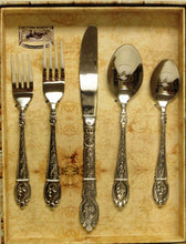 "Load image into Gallery viewer, (MFW61210) ""Silverado"" Western 20-Piece Flatware Set"