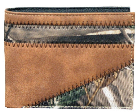 (TD1461138W4) Realtree Camo & Brown Leather Bi-Fold Wallet