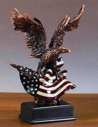 (TN51154) Western Patriotic Eagle Large Sculpture with American Flag