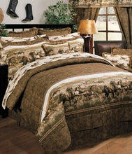 "Load image into Gallery viewer, ""Wild Horses"" Western Comforter Set Queen"