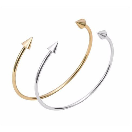 Set of Two Adjustable Spear Bangles - Pearl in Oyster - Souk Madinat Jumeirah, Dubai