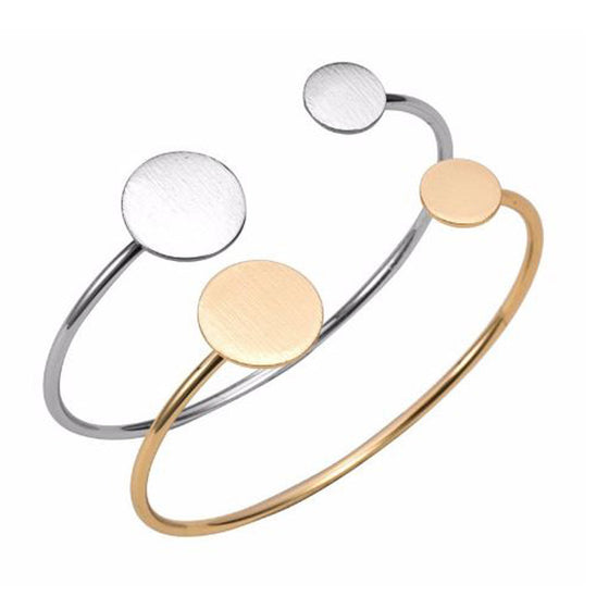 Set of Two Adjustable Circle Bangles - Pearl in Oyster - Souk Madinat Jumeirah, Dubai
