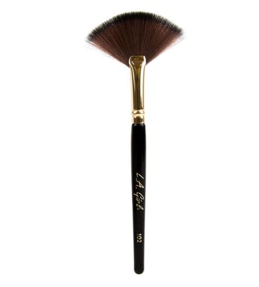 La Girl - Fan Brush 102