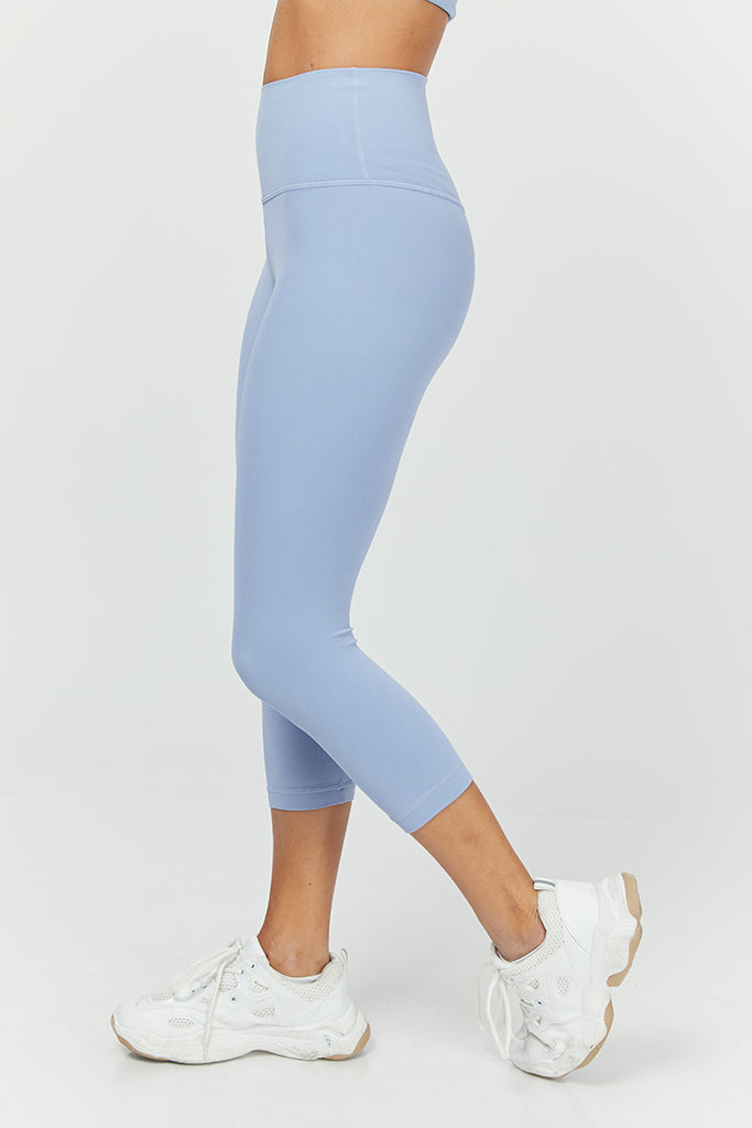 Active Capri in Light Blue (with Pocket)