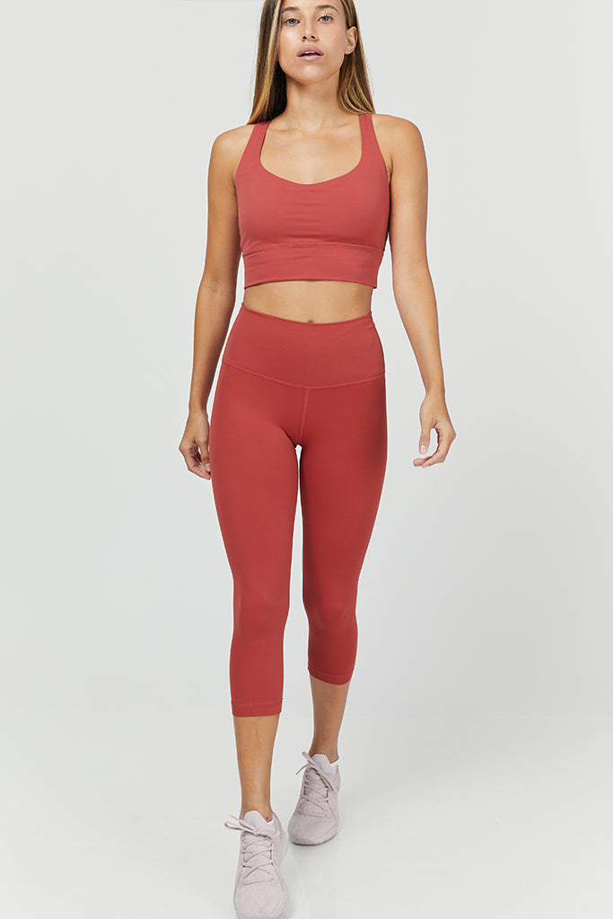 Active Sahara capri in red (with pocket)