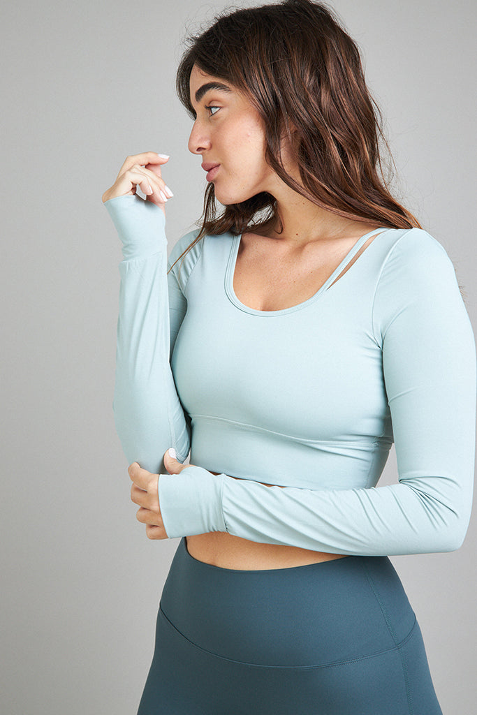 Active top Shirt in light green
