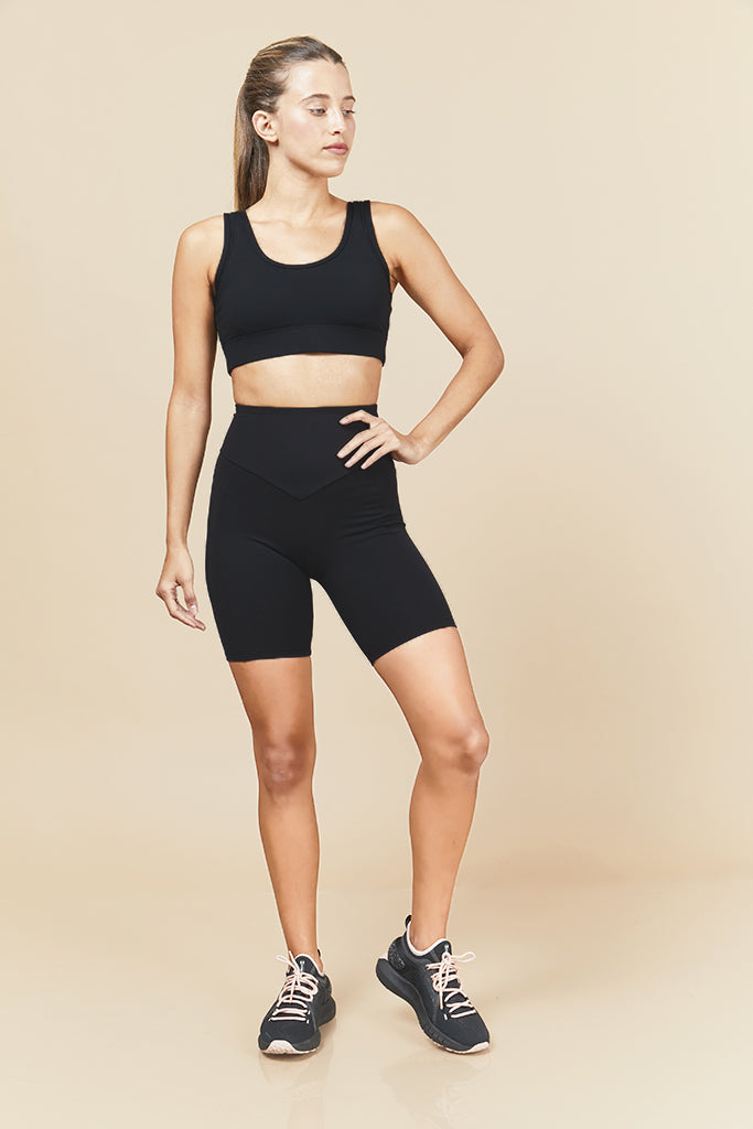 Active biker Shorts in Black