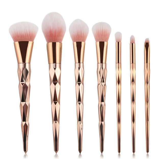 7 gold brushes