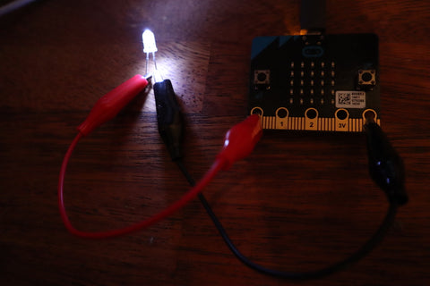 Automatic Lights Using the micro:bit's Built-in Sensor