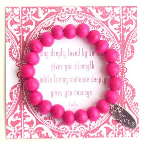 Love wooden bead bracelet in pink
