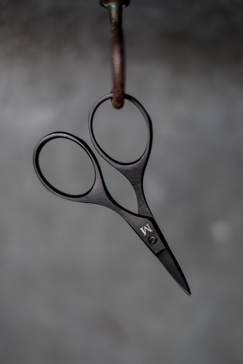 Baby bow scissors by Merchant & Mills