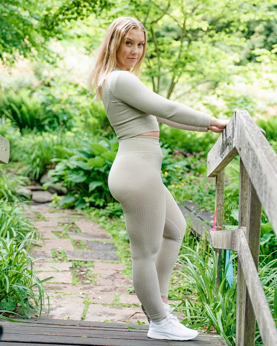Ribbed Sand Seamless Leggings