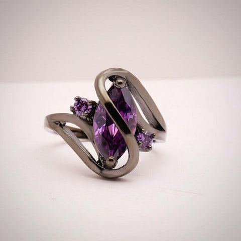 Twisted Wire Quality Cubic Zircon Wrap Ring Purple