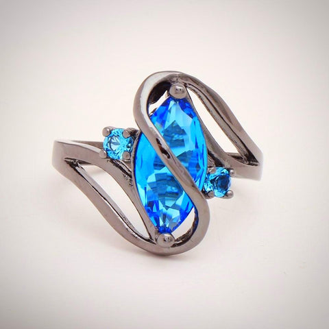 Twisted Wire Quality Cubic Zircon Wrap Ring Blue