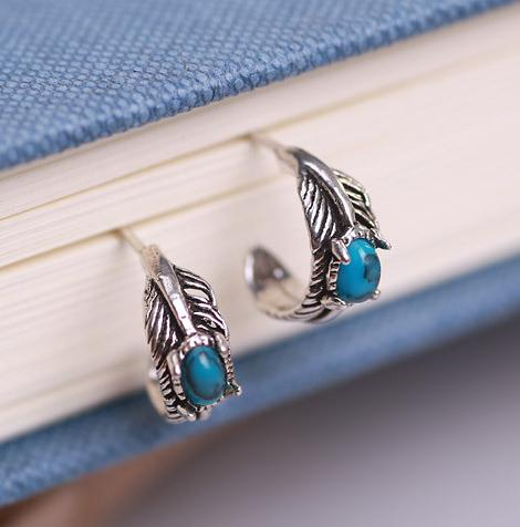 Twisted Wire - Mystical Turquoise Silver Earrings 4