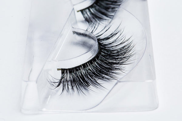 100% Serbian Mink Luxury Eye Lashes Collection by Lilly Ghalichi - Lush - ArabianGlitz
