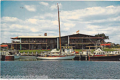 FLYING BRIDGE RESTAURANT, FALMOUTH, MASS. - POSTCARD (ref 2109)