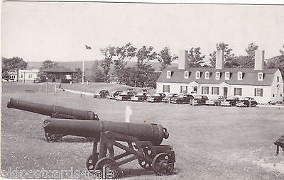 MUSEUM AT FORT ANNE, ANNAPOLIS ROYAL, NOVA SCOTIA POSTCARD (ref 6817)
