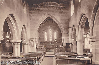 EYAM CHURCH (INTERIOR) - 1925 POSTCARD (ref 3683)