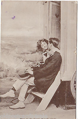 HOW TO BE HAPPY THOUGH SINGLE - 1913 REAL PHOTO POSTCARD (ref 2176/14/Y)