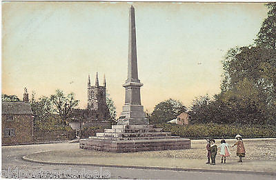 LUTTERWORTH, WICLIF MONUMENT - OLD POSTCARD (ref 3483/102)