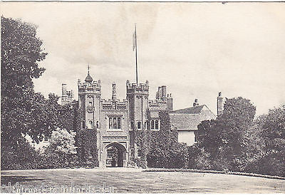 ENTRANCE TO GIFFORDS HALL - SUFFOLK - PRE 1918 POSTCARD (ref 3230)