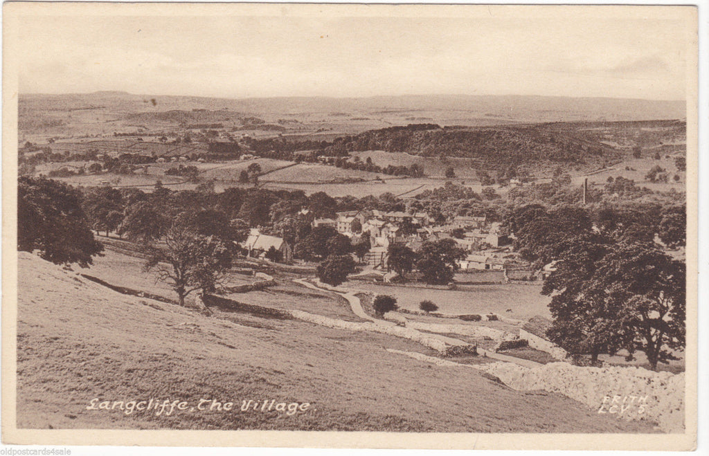 LANGCLIFFE, THE VILLAGE - NR SETTLE, YORKSHIRE -OLD FRITH POSTCARD (ref 1195)
