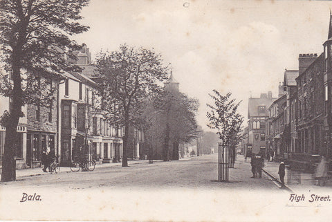 BALA, HIGH STREET - PRE 1918 POSTCARD - ADVERTISING POSTCARDS