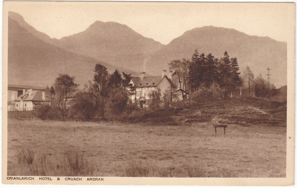 Old postcard of Crianlarich Hotel & Cruach Ardran