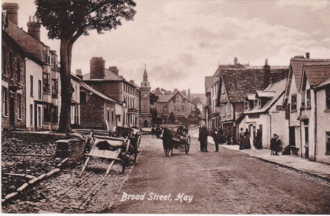 Old postcard of Broad Street, Hay