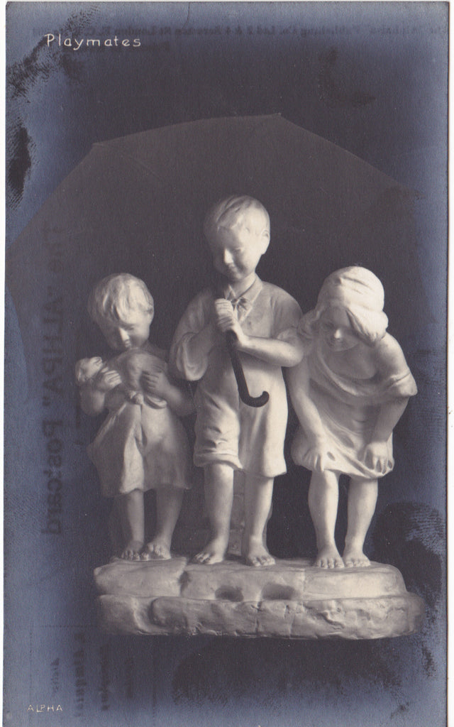 PLAYMATES - CHILDREN SCULPTURE POSTCARD (ref 4035/18)