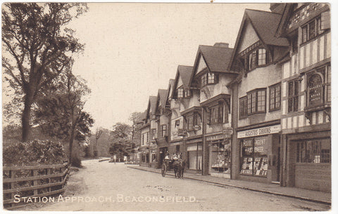 Old postcard of Station Approach, Beaconsfield in Buckinghamshire