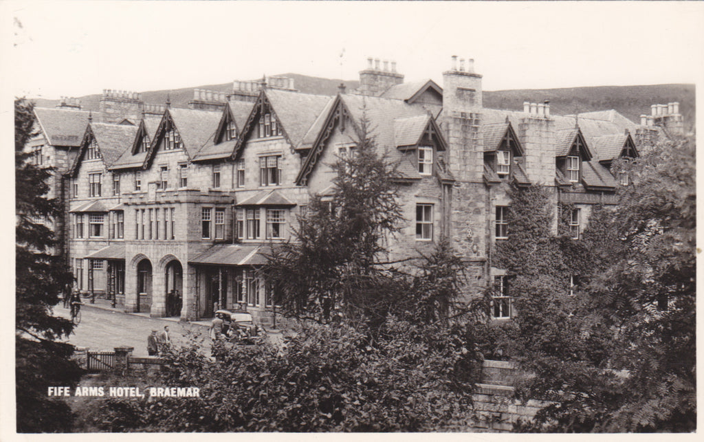 Real Photo postcard of Fife Arms Hotel, Braemar