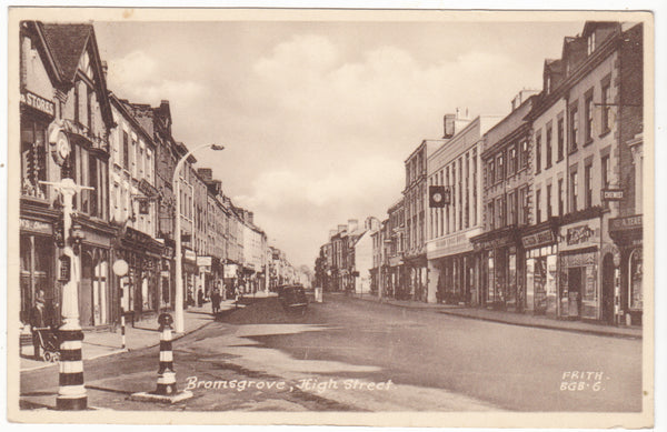 Old postcard of Bromsgrove High Street