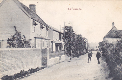Old postcard of Cattawade in Suffolk