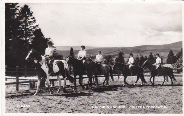 RIDING SCHOOL, CRIEFF HYDROPATHIC - 1960 REAL PHOTO POSTCARD (ref 3067/17)