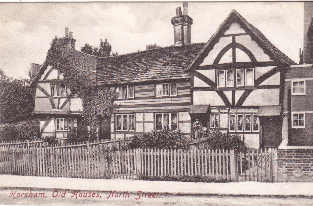 Old Houses, North Street, Horsham - 1907 postcard