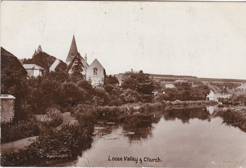 Old postcard of Loose Valley & Church, near Maidstone, Kent