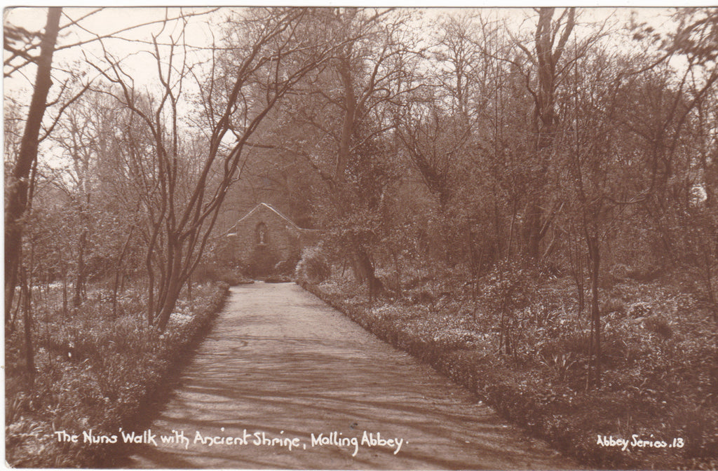NUNS' WALK WITH ANCIENT SHRINE, MALLING ABBEY - REAL PHOTO POSTCARD (ref 5443/15)