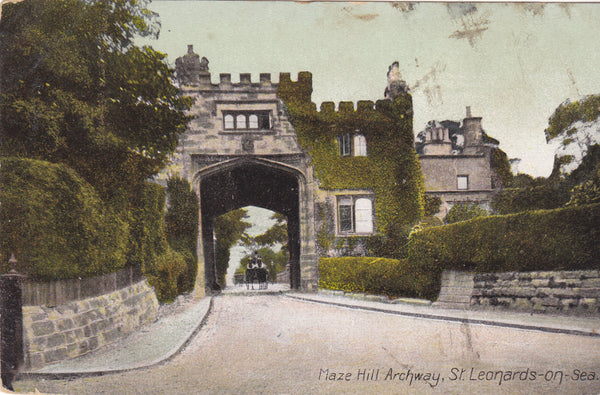 MAZE HILL ARCHWAY, ST LEONARDS-ON-SEA - EARLY 1900s VINTAGE POSTCARD