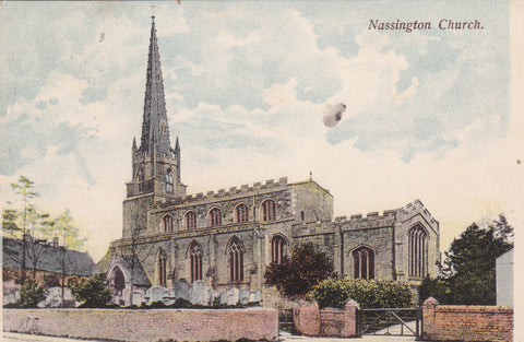 NASSINGTON CHURCH - 1905 NORTHAMPTONSHIRE POSTCARD (ref 1924/17)