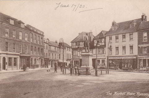 MARKET PLACE, ROMSEY - OLD POSTCARD