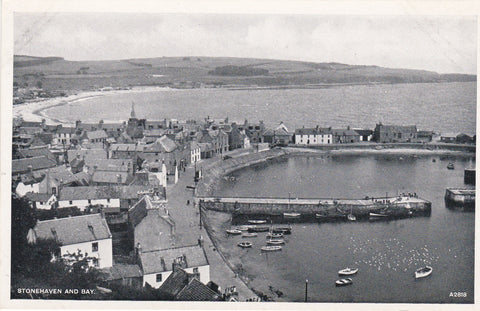 Old postcard of Stonehaven and Bay, Aberdeenshire